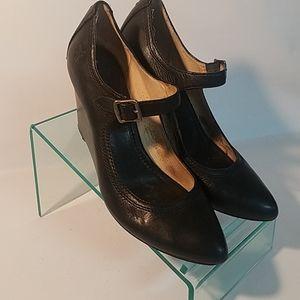 Frye Regina wedge heels